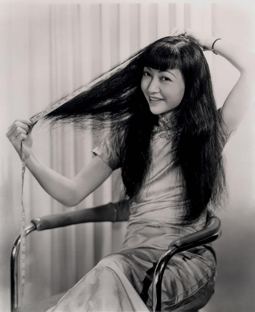 Anna May Wong's Tea Cakes