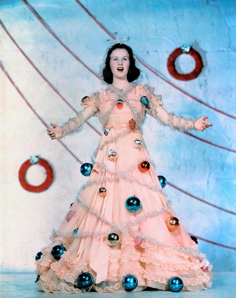 Deanna Durbin's Santa Monica Dressing