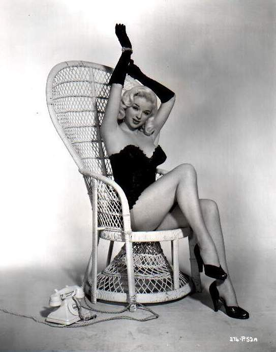 Diana Dors' Easy Fruit Cake