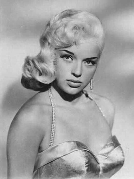 Reader's Report – Diana Dors Easy Fruit Cake