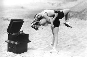 Joan-Crawford-and-Dorothy-Sebastian1