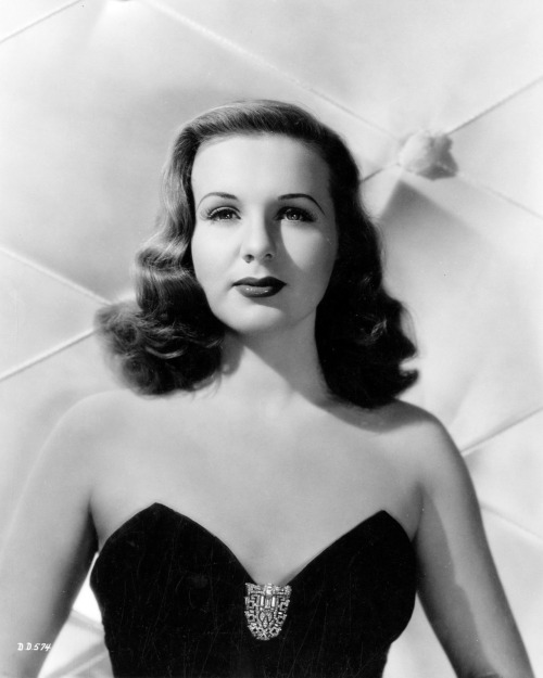 Recipe of the Month – Deanna Durbin's Santa Monica Dressing