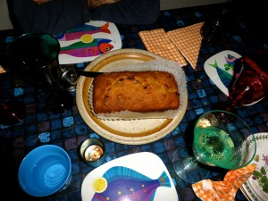 Vincent Price's Pineapple Nut Bread