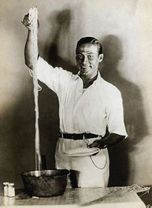 Recipe of the Month – Rudolph Valentino's Secret Spaghetti Sauce