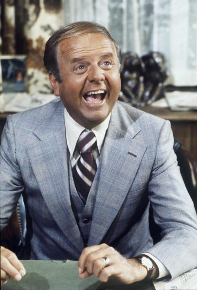 Dick Van Patten's Lemon Wine Chicken Cutlets