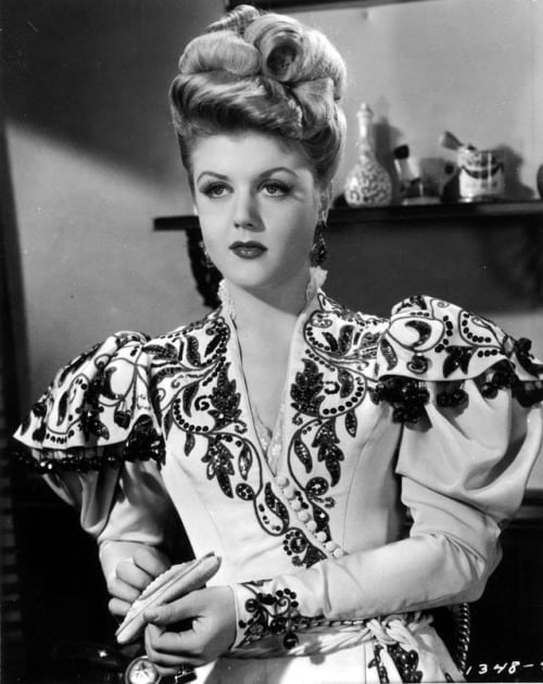 Recipe of the Month – Angela Lansbury's Angel Hair Pasta With Fresh Summer Tomatoes